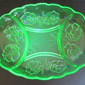 Bagley Glass Uranium Divided Dish - Alexandra Pattern - 3121 - Glassware