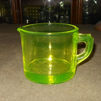 Westmoreland Vaseline Glass 1 Cup Measuring Cup