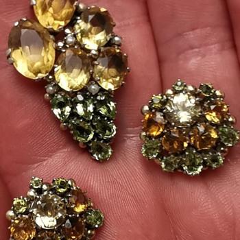 Dorrie Nossiter Brooch and Earrings? - Fine Jewelry