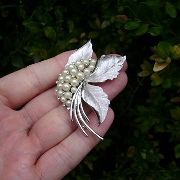 Crown Trifari Pearl Brooch - Costume Jewelry