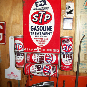 STP display - Petroliana