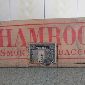 wood tobacco box - Tobacciana