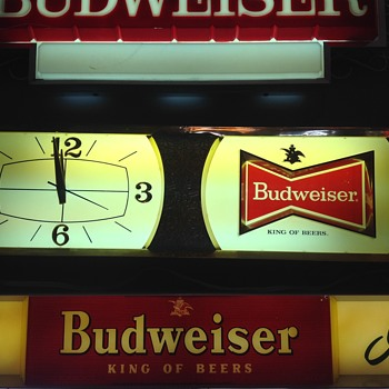 Lighted Beer Signs | Collectors Weekly