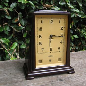 Art Deco Bakelite Skyscraper Stanford Clock 1930's - Clocks