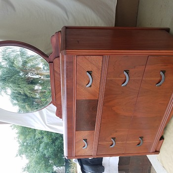 Restored 1920s Art Deco dresser - Furniture