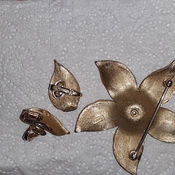 Trifari jewelry  - Costume Jewelry