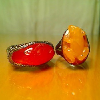 Carved carnilian rings