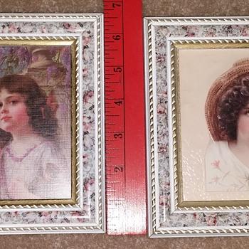 Set of 2 Floral Frames