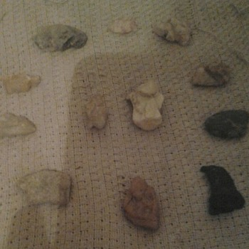 Native american early and later period   miniatures stone figurines  from NC  - Native American