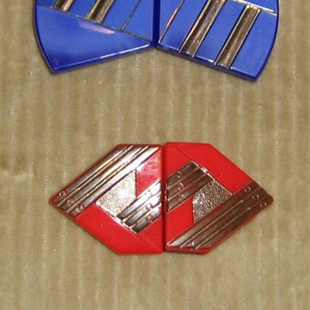 Pressed glass Czecho Slovkia clips and pin