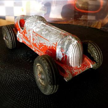 Hubley Aluminum Die Cast #5 Racer / 2-457 - Driver Missing - Model Cars