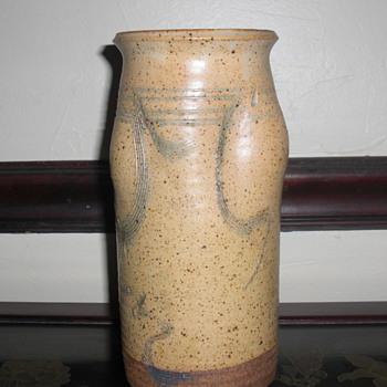 Art pottery vase unknown mark? - Pottery