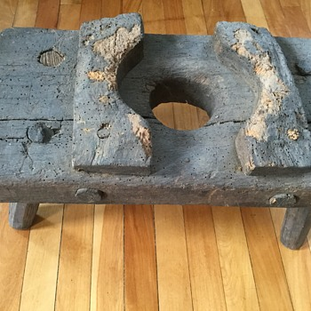 What is this? - Wooden, pegged work bench? Tool? Potty seat? from an Appalachian log barn - Tools and Hardware