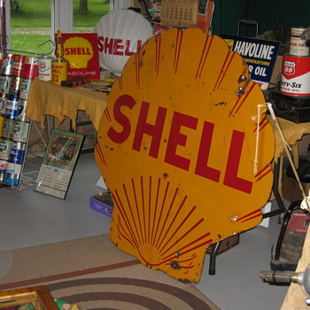 Dated 1935 Shell - Signs