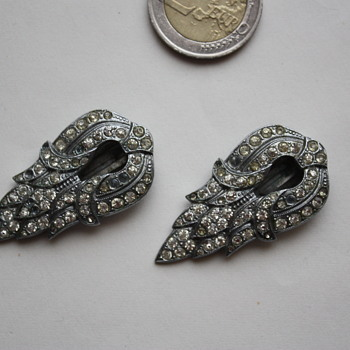 Pair of art deco dress clips marked 230 - Costume Jewelry