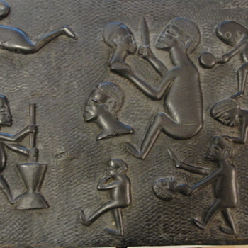 Gruesome African carved Head Hunters - Fine Art