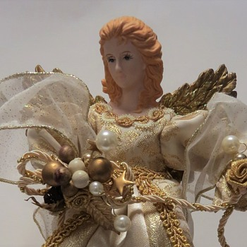 "Vintage? ""Traditions"" Christmas Angel Topper - Christmas"