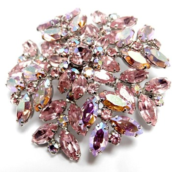 Pretty in Pink SHERMAN Brooch - Costume Jewelry