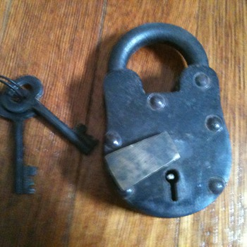 cool old lock - Tools and Hardware