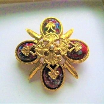Very nice Brooch Pin - update - Could be Sarah?? - Costume Jewelry