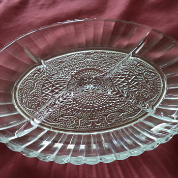 Oval Glass 4 Sectioned Dish