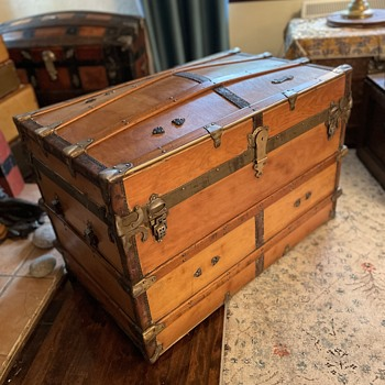 Exceptional Montreal Made Antique Trunk - Furniture