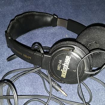 AUDIOPHASE MD-40 STUDIO HI-FI headphones - Electronics