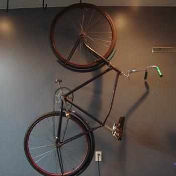 CCM Bicycle ?  CCM Apache ?