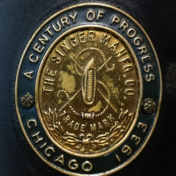 "Singer 101 ""Century of Progress - 1933 Chicago"" - Advertising"