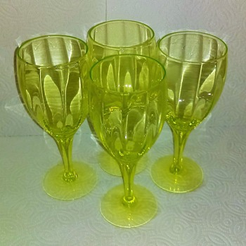 Crystal Uranium Wine Goblets - Glassware