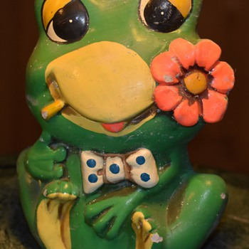 Jaded Hippie Frog Bank - Animals