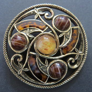 Miracle Sol D'or Celtic Brooch - Costume Jewelry
