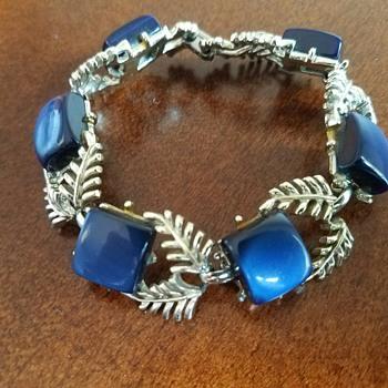Blue Lucite Stones Silver Toned Coro Bracelet