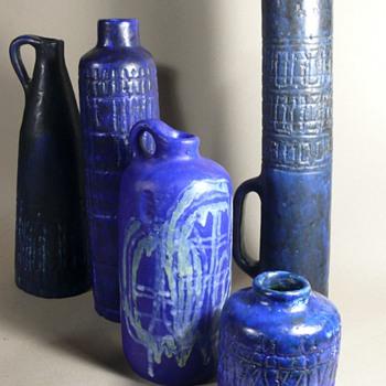 Marta Holomcsik Hungary - Pottery