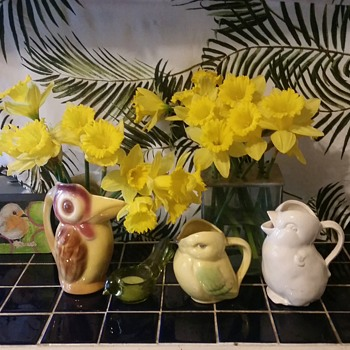 Happy Spring! Bird creamer pitchers - Pottery