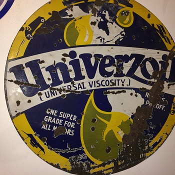 Lrg old Univerzoil super grade oil sign
