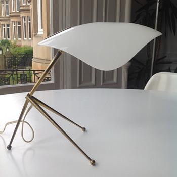 Mid Century tripod table lamp. - Mid-Century Modern