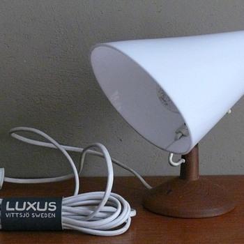 uno & osten kristiansson lamp