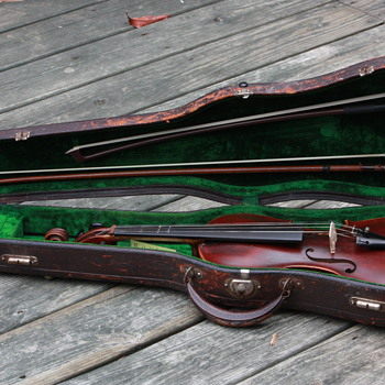 My Great Grandfather's Fiddle (Jacobus Stainer) Late 1800's, early 1900's - Music Memorabilia