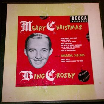 Set of three Bing Crosby 78s   - Records