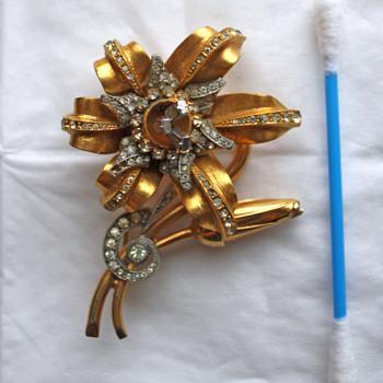 Amazing unmarked treasure - Costume Jewelry