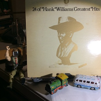 I have a hankering  for Hank Sr.  - Records