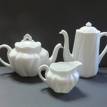Shelley Dainty White Small  Teapot & Coffee Pot etc - China and Dinnerware