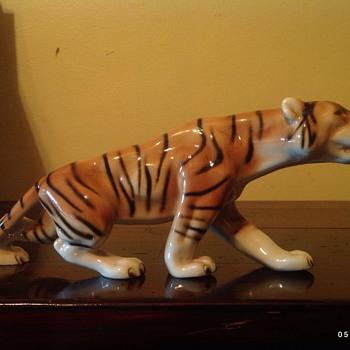 Royal Dux Bohemia tiger - Animals