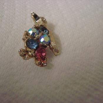 Cute little penquin - Costume Jewelry