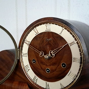 URGOS Made in Germany 8 day Westminster chime mantle clock