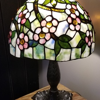 New (to me) stained glass lamp - Lamps