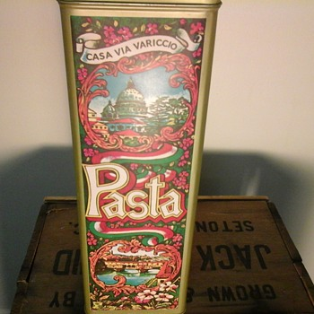 Casa Via Variccio Pasta Tin  - Advertising