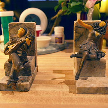 "Mysterous ""OFO"" or ""OOF"" Pierrot et Colombine German Bookends 1930-194?"