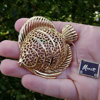 Monet Angelfish Brooch - Costume Jewelry